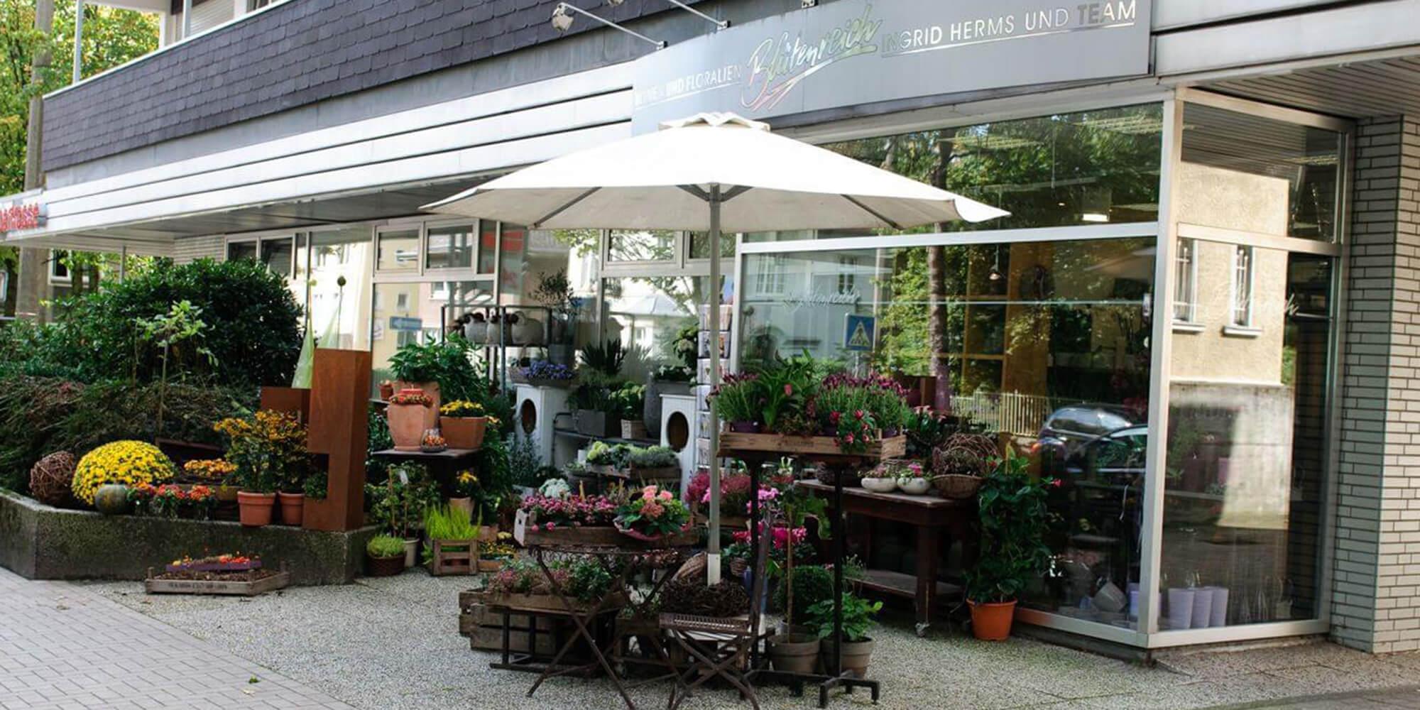 Das Ladenlokal von Blumen und Floristik Blütenreich Herms in Recklinghausen